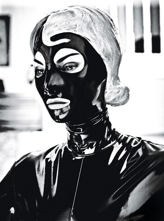 Новые съемки из Dazed & Confused, Love и Vogue. Изображение № 72.