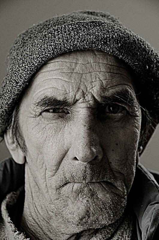 Elderly. Изображение № 8.