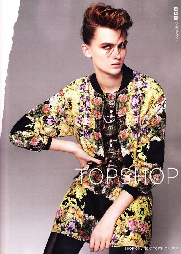 Превью кампаний: Versace for H&M, Topshop и другие. Изображение № 3.