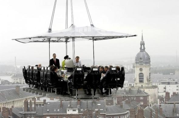 Небесный ресторан  - Dinner in the Sky. Изображение № 2.