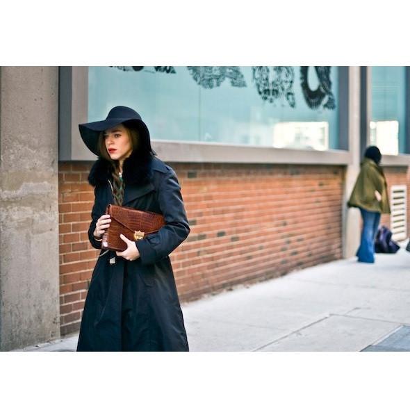 Изображение 8. На полях: 10 тенденций уличного стиля с прошедших недель моды.. Изображение № 8.