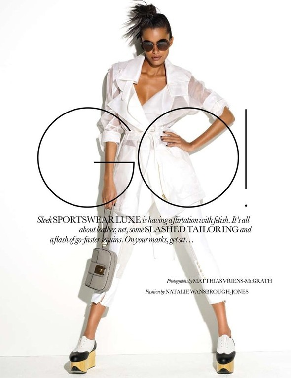 "Съёмка: ""GO!"" Lakshmi Menon 4 Elle UK December 2011. Изображение № 1."