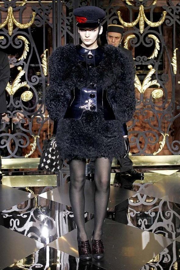 Изображение 15. Louis Vuitton Fall 2011.. Изображение № 15.