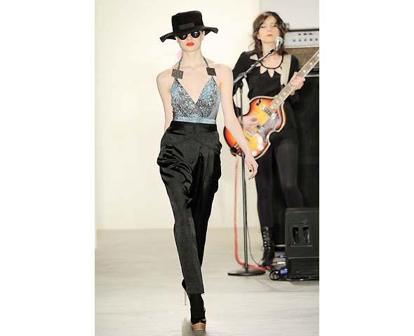 Неделя моды в Нью-Йорке: первые показы. Изображение № 78.