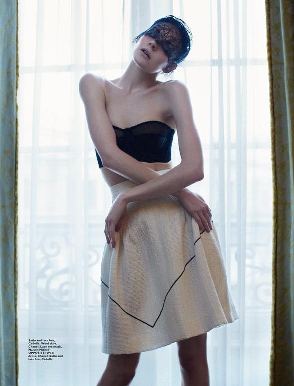Kinga Rajzak by John-Paul Pietrus in Chanel for Harpers Bazaar. Изображение № 5.