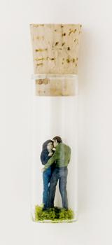 Нетрадиционный подход кфигуркам встеклянном шаре. Изображение № 51.