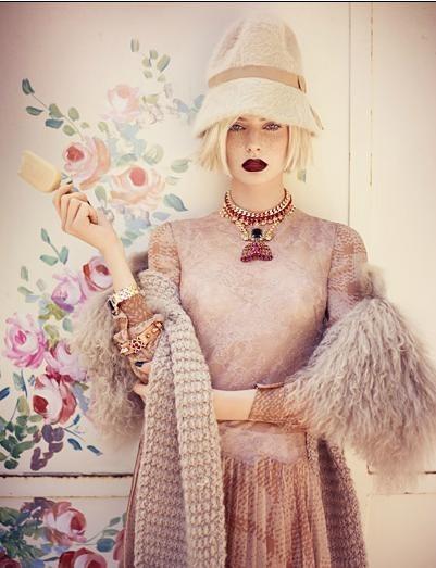Съёмка: Аугусте Абелюнайте для Vogue. Изображение № 3.