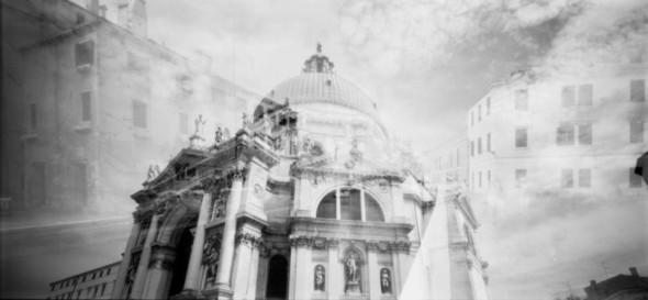 Невидимый мир на грани тепла и света. Выставка Арсена Ревазова. Изображение № 6.