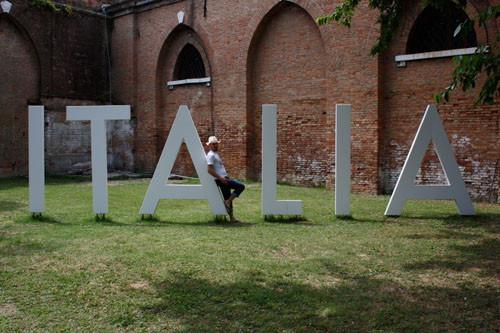 Международная выставка современного исскуства вВенеции. Изображение № 36.