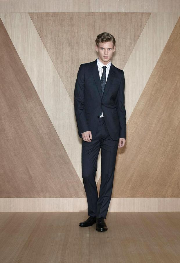 Мужские лукбуки Alexander McQueen, Comme des Garcons, Louis Vuitton и Club Monaco. Изображение № 45.