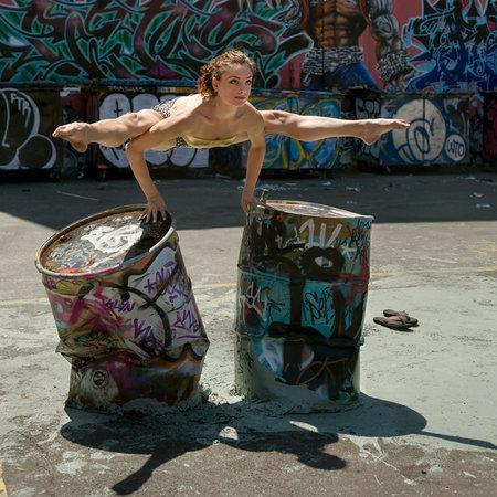 Человек танцующий. Изображение № 10.