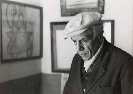Работы французского фотографа Henri Cartier-Bresson. Изображение № 34.