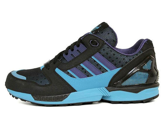 Adidas Originals ZX 8000 – Black – Super Cyan. Изображение № 2.