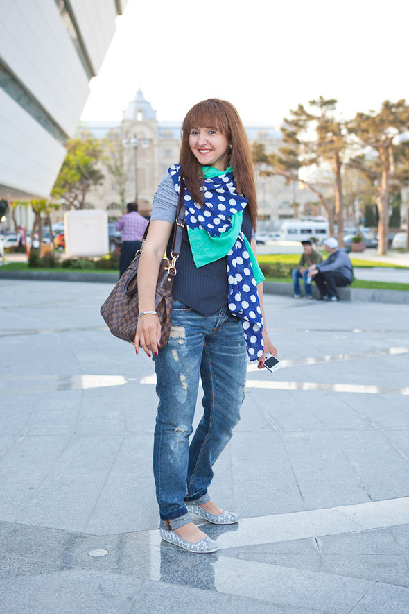 Baku Street Fashion Spring 2012 Look At Me