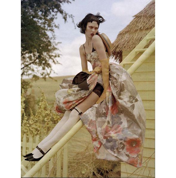 5 новых съемок: Purple Fashion, Vogue и W. Изображение № 45.