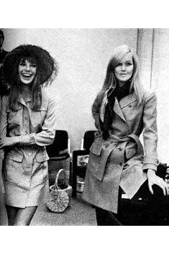 Двемузы известного дизайнера ИваСен Лорана. Изображение № 7.