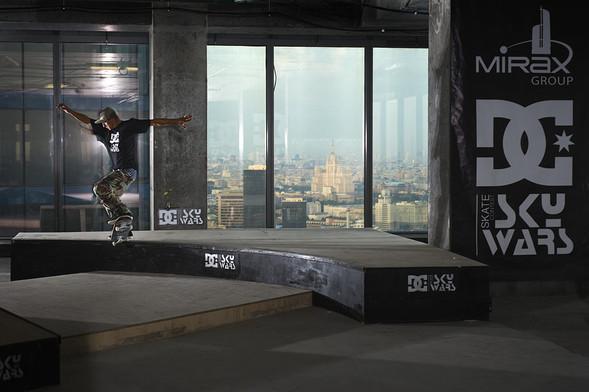 DC SKYWARS: революционные днивистории скейтбординга!. Изображение № 6.