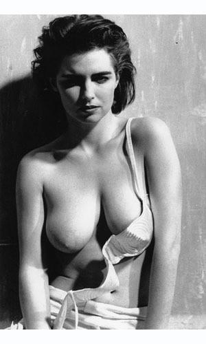 Части тела: Обнаженные женщины на фотографиях 70х-80х годов. Изображение № 86.