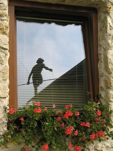 Скульптуры Джерзи Кедзиоры, парящие в воздухе. Изображение № 10.