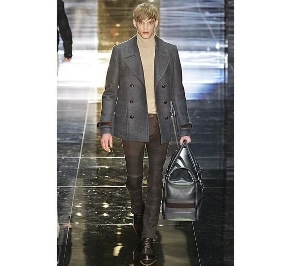 Трансляция показа новой мужской коллекции Gucci. Изображение № 3.