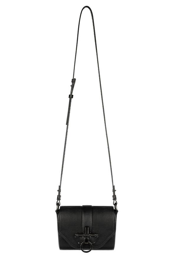Изображение 2. Лукбуки: Givenchy, Alexander McQueen и другие.. Изображение № 2.