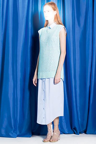 A.P.C., Chanel, MM6, Mother of Pearl, Paule Ka и Yang Li выпустили новые лукбуки. Изображение № 48.