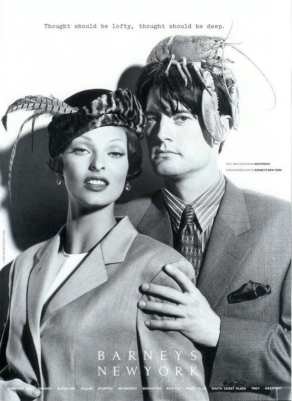 Архивная съёмка: Линда Евангелиста и Кайл Маклахлен для Barneys, 1992. Изображение № 5.