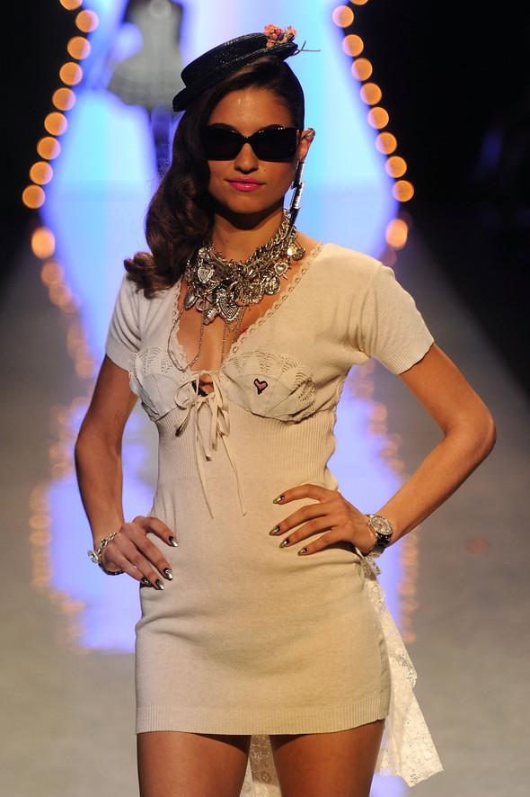 New York Fashion Week: Betsey Johnson Spring 2012. Изображение № 37.