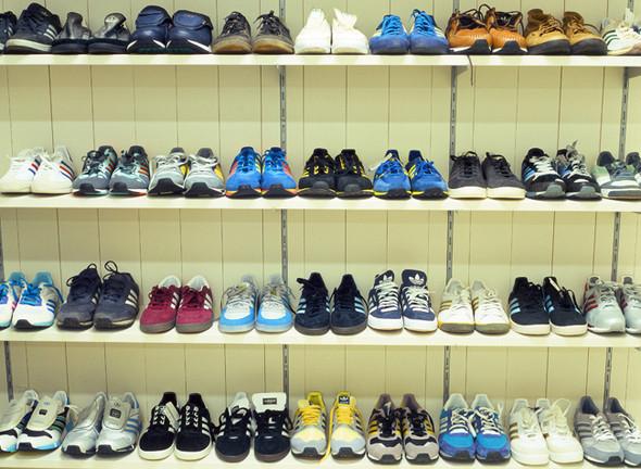 Изображение 1. Интервью Sneaker Freaker Россия с Мишей Истоком на тему коллекционирования.. Изображение № 2.