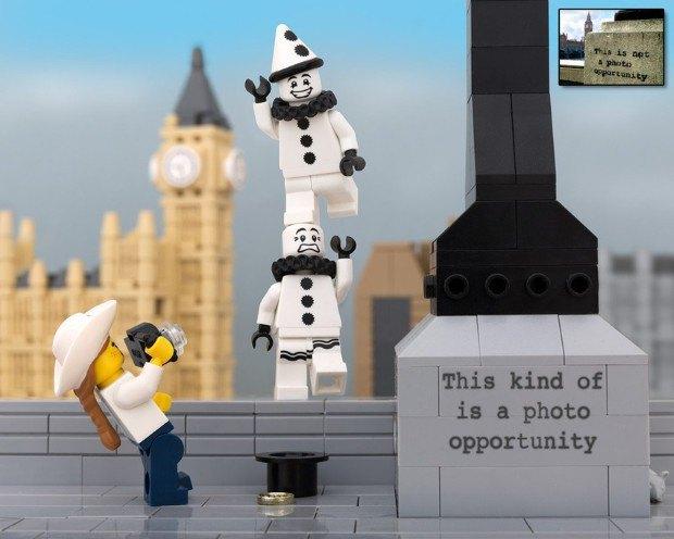 Работы Бэнкси воссоздали в конструкторе LEGO. Изображение № 4.