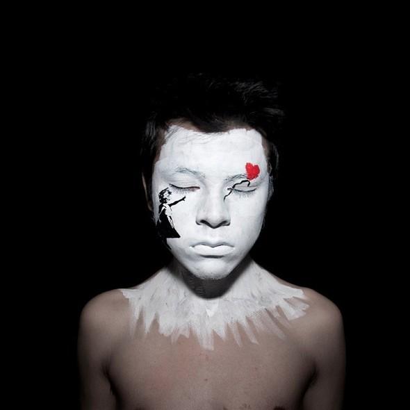 ANDY ALCALA: картины на лице. Изображение № 2.