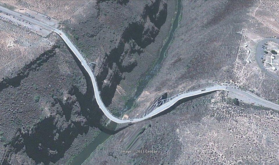 32 фотографии из Google Earth, противоречащие здравому смыслу. Изображение № 18.