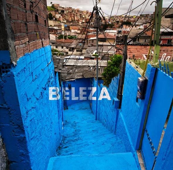 'Свет в переулках' граффити в фавелах. Изображение № 10.