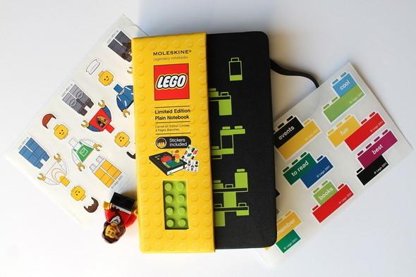 Новая серия Moleskine LEGO. Изображение № 1.