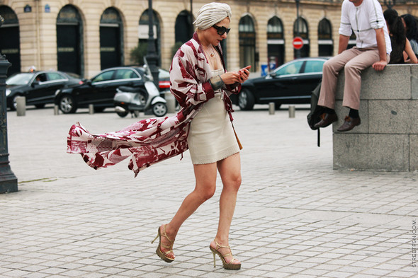 Уличный стиль на Неделе высокой моды в Париже. Изображение № 117.