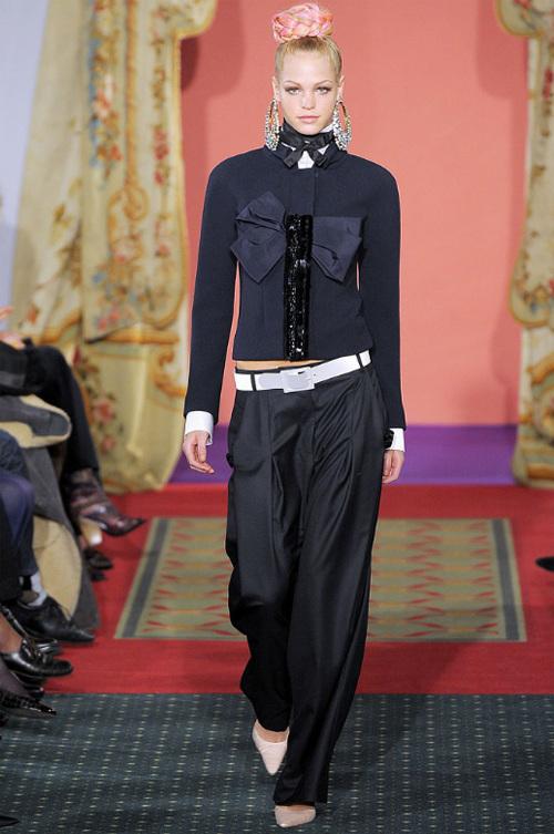 Неделя высокой моды вПариже: Кристиан Лакруа. Изображение № 16.