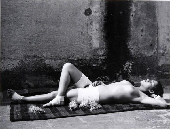 Еще восемь фотографов сюрреалистов. Изображение № 57.