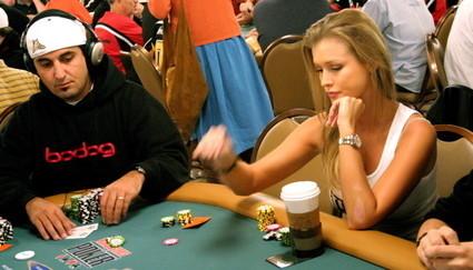 «Покер: Элегантный феномен азарта». Изображение № 5.