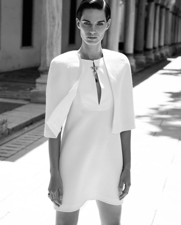 Съемка: Белая Ирис в Vogue Germany October 2011. Изображение № 7.