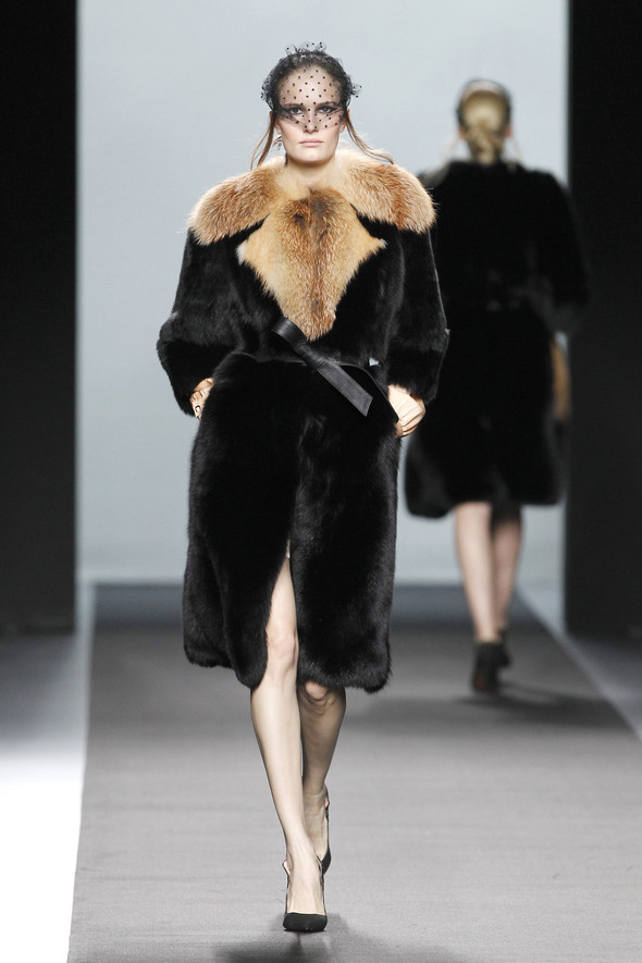 Madrid Fashion Week A/W 2012: Miguel Palacio. Изображение № 23.