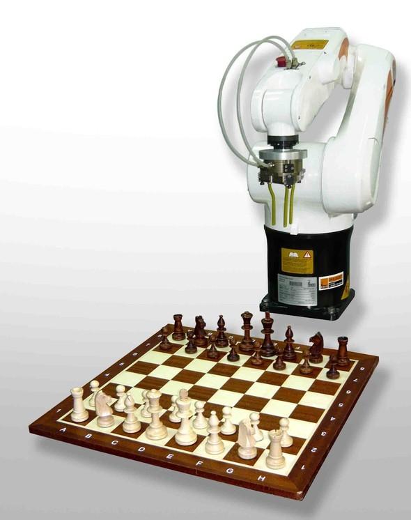 Уникальный российский Робот-Шахматист. Изображение № 1.