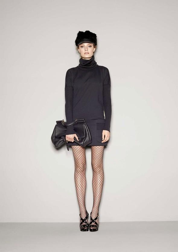 Лукбук: Dolce & Gabbana FW 2011 Women's. Изображение № 29.