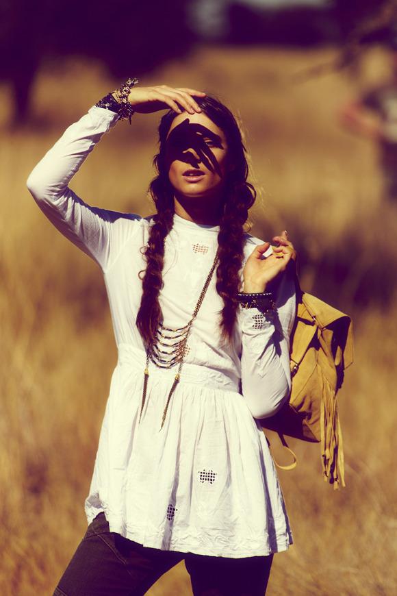 Лукбуки: H&M, Zara, Urban Outfitters и другие. Изображение №139.