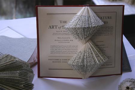 Книжные скульптуры отNicholas Jones. Изображение № 5.