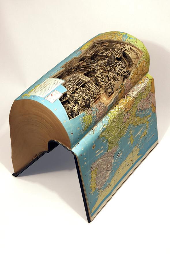 Book carving отБрайана Деттмера [Brian Dettmer]. Изображение № 9.