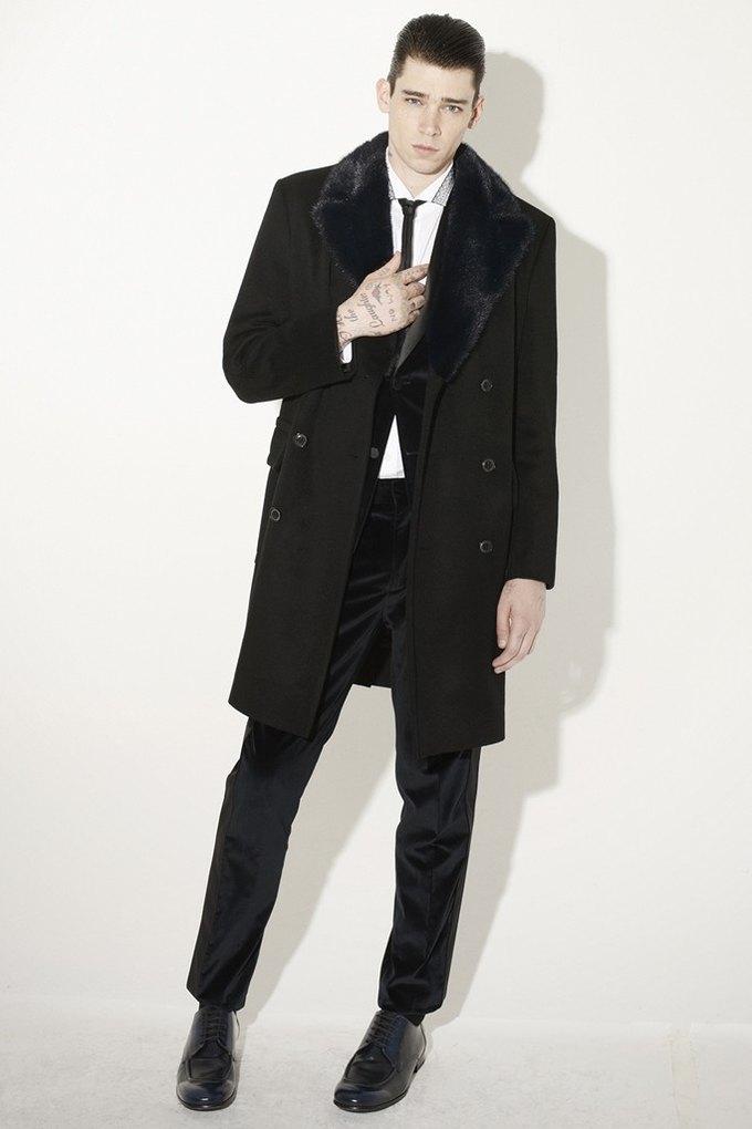 Marni и Marc Jacobs выпустили новые лукбуки. Изображение № 57.