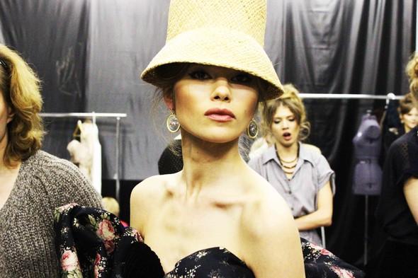 Ulyana Sergeenko SS 2012. Backstage. Изображение № 10.