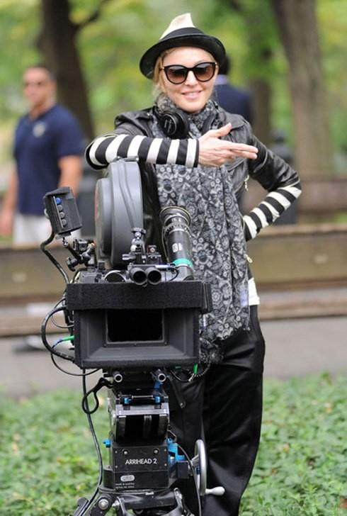 Мадонна снимает фильм по-королевски. Изображение № 2.