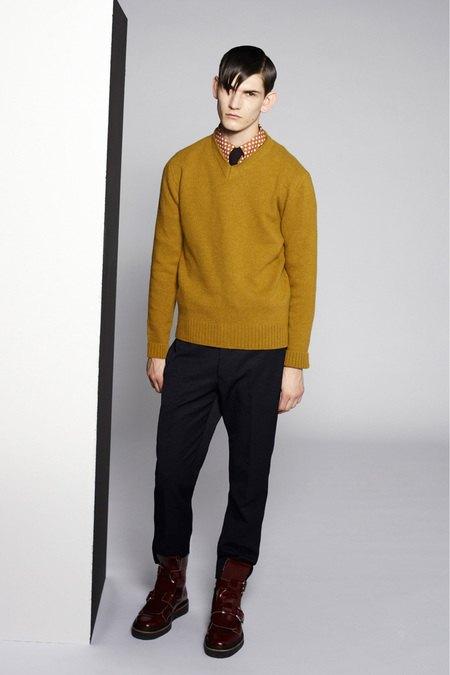 Marni и Marc Jacobs выпустили новые лукбуки. Изображение № 3.