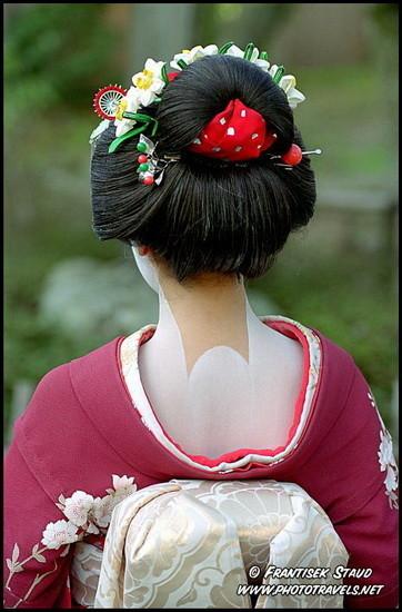 Кимоно: затылок — это самое сексуальное. Изображение № 3.